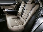 """לקסוס IS300h Luxury הייבריד אוט' 2.5 (181 כ""""ס)  -"""